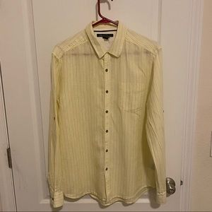 Kenneth Cole linen/cotton blend button down